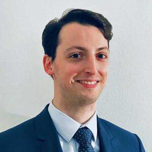 Julien Boutin, asistente legal