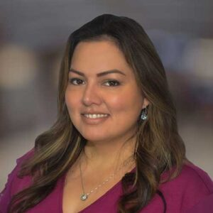Patricia Tusanotte, Assistante administrative